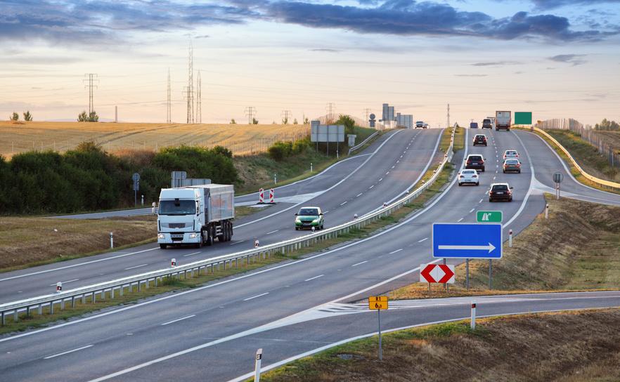 Imprese a rischio default: un'Italia a due velocità secondo Cerved Group
